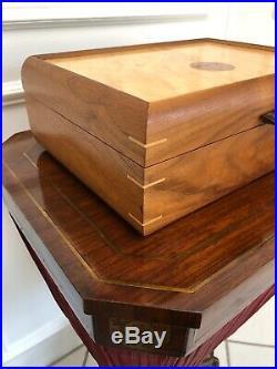 Beautiful Vintage Handmade Burl Elm Inlaid Cigar Tobacco Humidor Box