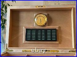 Broadway 150 Cigar Humidor with Inlay Hygrometer