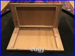 Elegant Wooden Travel Cigar Humidor Case