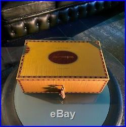 Elie Bleu Humidor, perfekt für bis zu 110 Zigarren, TOP Zustand, NP über 3.000