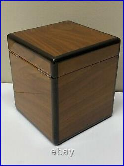 Exquisite Vintage Alfred Dunhill Wooden Humidor
