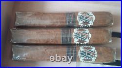 Gentili Zigarren Humidor. Limited edition. Dunkelbraune Krokodilleder-Imitat. NEU