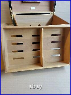H. Upmann Cigar Presentation Box. Numbered 1317/2000