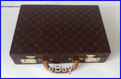 Louis Vuitton Authentic LV Monogram Vintage Custom Cedar Humidor Case 50 Cigars