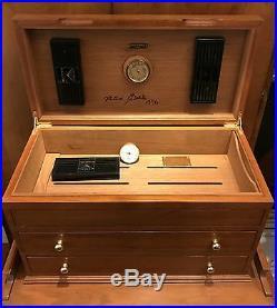Milton Berle Legendary Personal Cigar Humidor'' Magnificent'