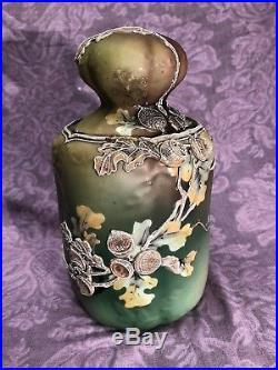 Rare Antique Nippon Japan Heavy Moriage Tobacco Jar Humidor Acorn and Oak Leafs
