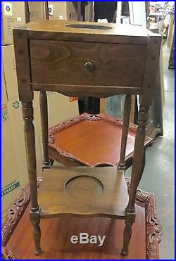 Unique Little standing humidor End Table