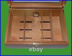Used Display Cigar Humidor, Cedar Wood Plexiglass & 10 Cutters FREE