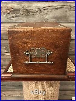 Vintage Wood Cigar Humidor