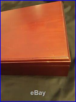 Wooden Cedar Lined Empty Cigar Box Hygrometer Humidor 12 x 10 x 5 Preowned