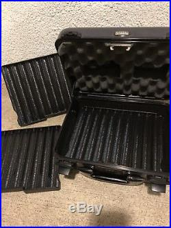Zero Halliburton Ambassador Blue 30 count Travel Cigar Humidor